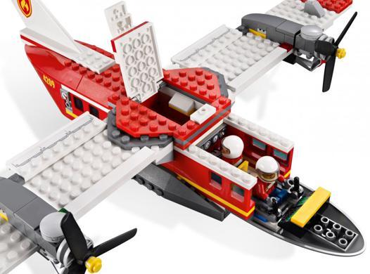 avion pompier lego
