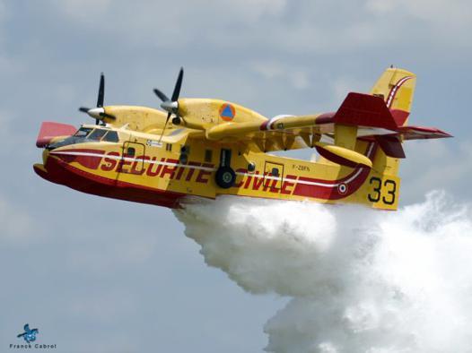 avion pompier