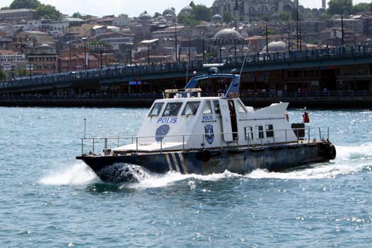 bateau police