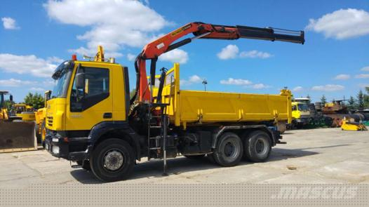 camion grue iveco