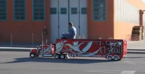 camion teleguide a essence