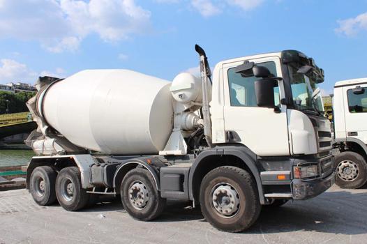 camion toupie beton