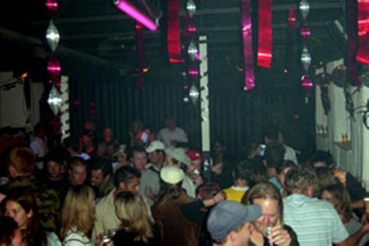 caverne club