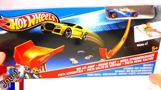 circuit de voiture hot wheels