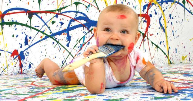 enfant peinture