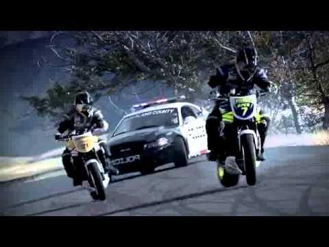 course poursuite moto cross