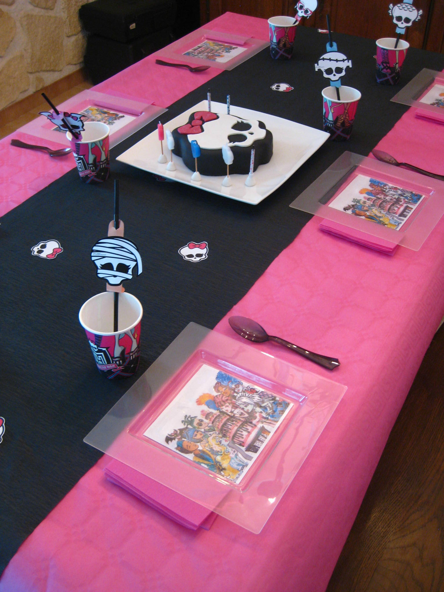 deco anniversaire monster high