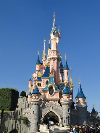 disney chateau