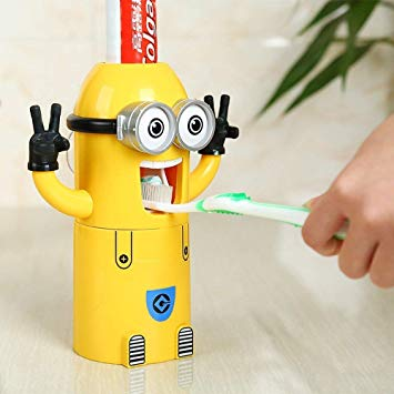distributeur dentifrice minion