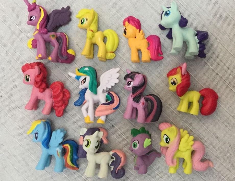 figurine little pony