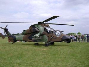hélicoptère de chasse