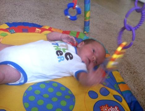 jeux bébé 1 mois