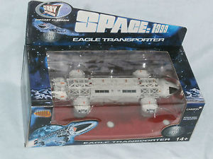 jouet cosmos 1999