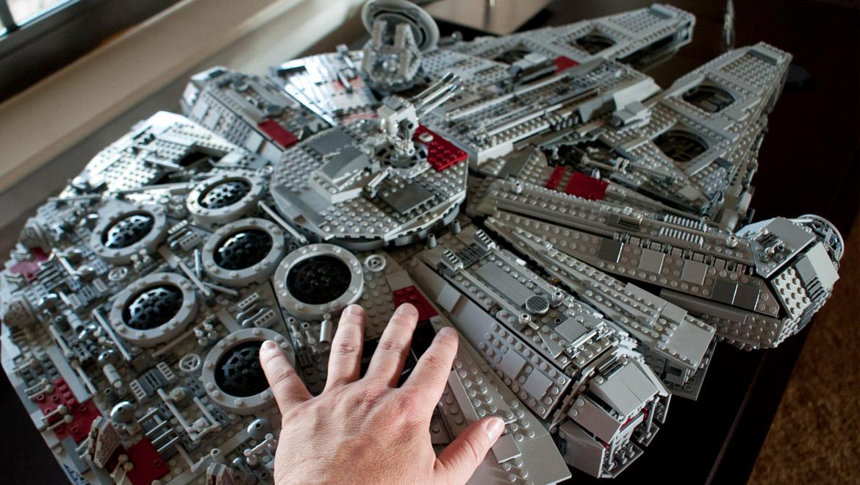 lego ucs millennium falcon