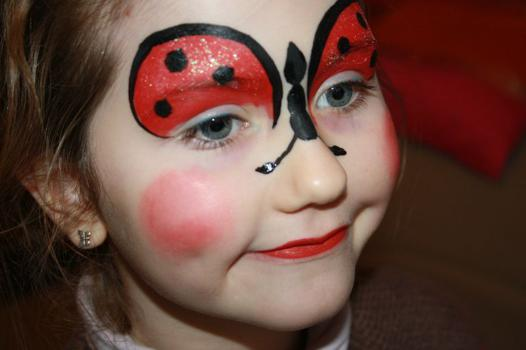 maquillage coccinelle fille