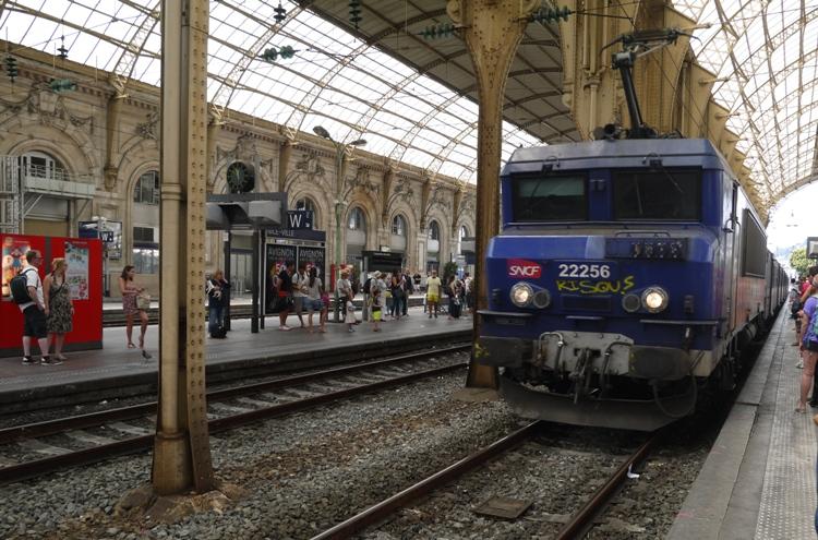 monaco nice train