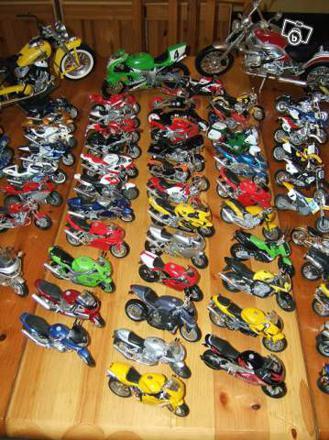 moto de collection miniature