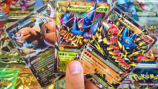 ouverture de carte pokémon