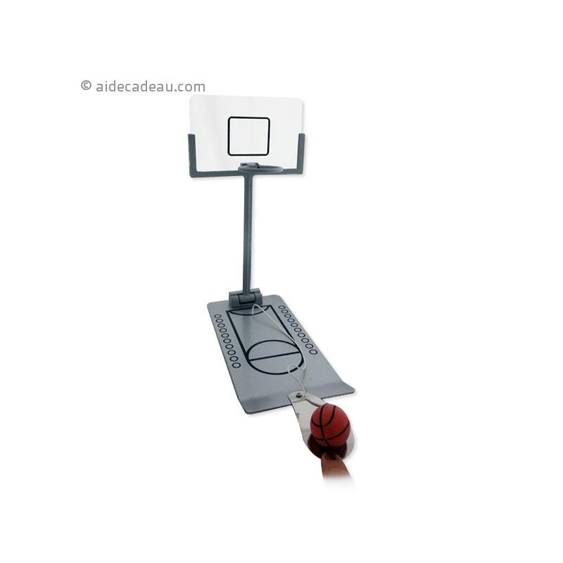 panier de basket bureau