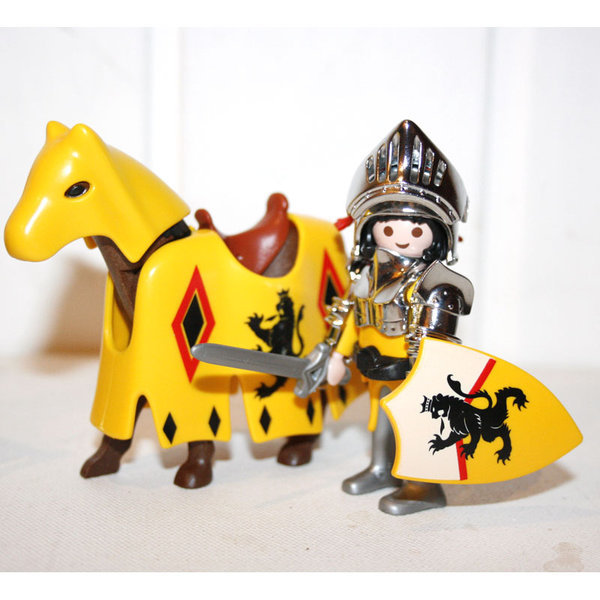 playmobil chevalier lion