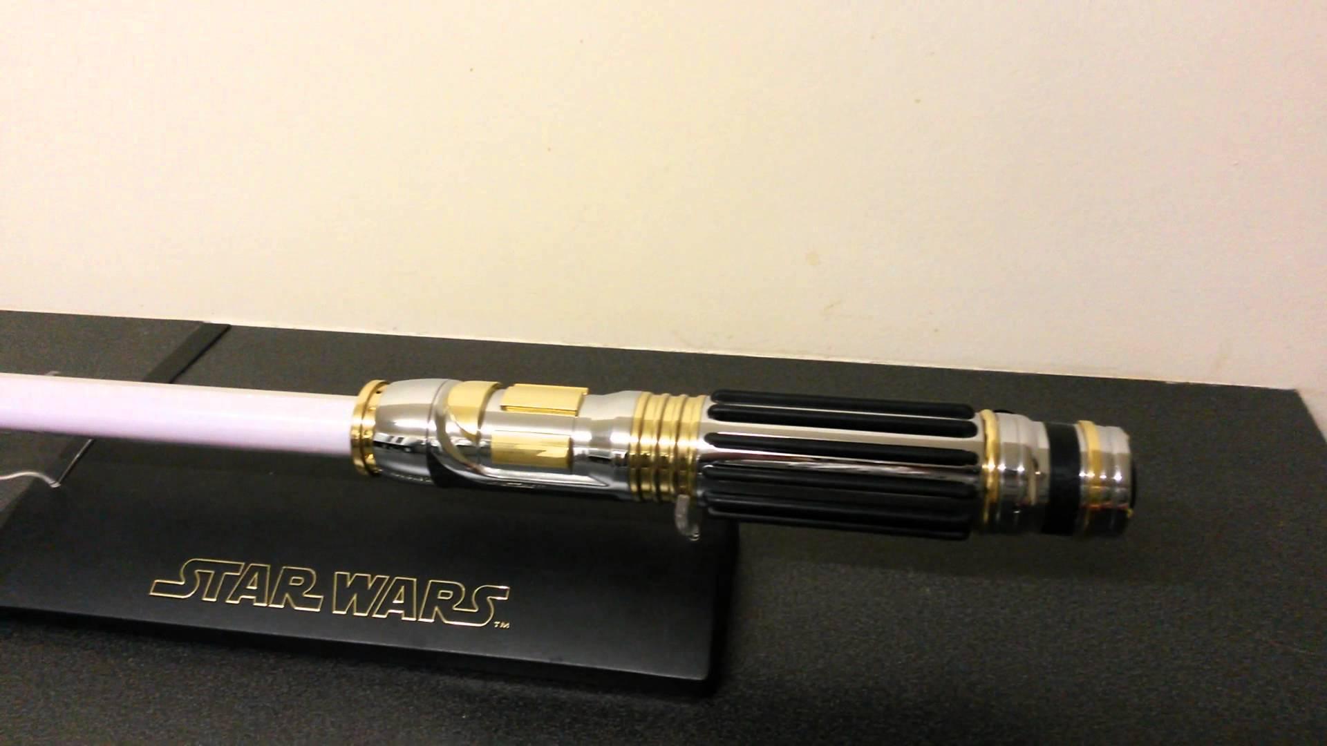 sabre laser mace windu