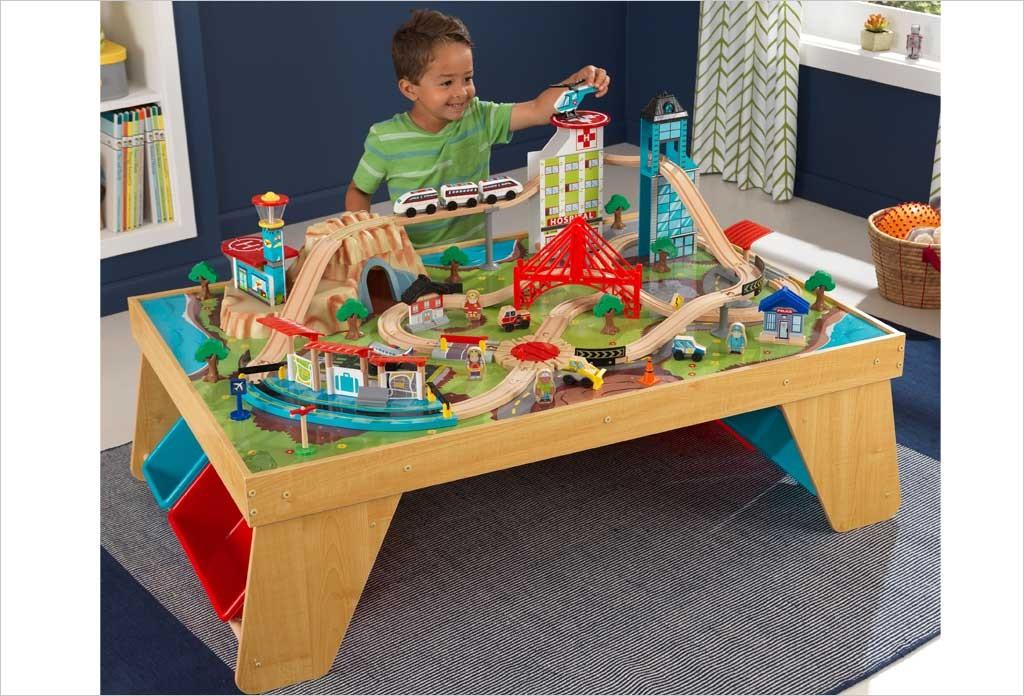 table circuit train kidkraft