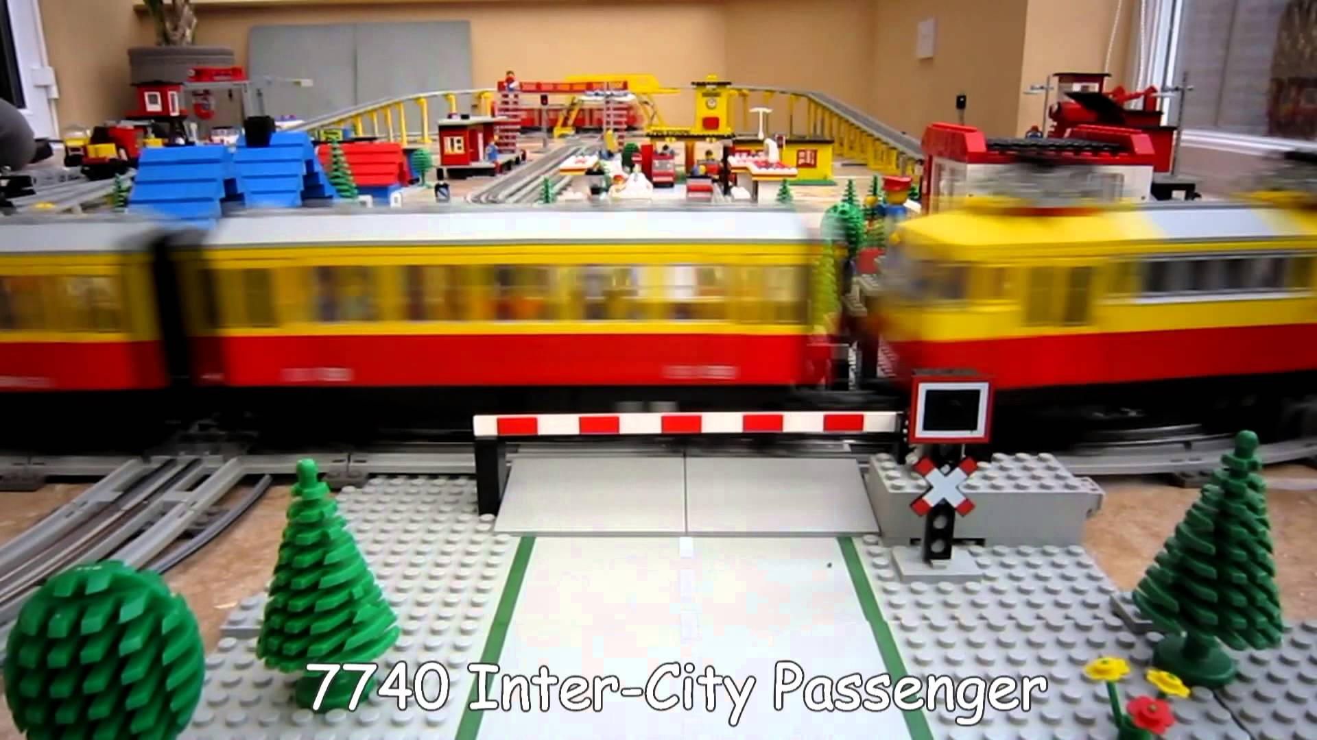train lego video