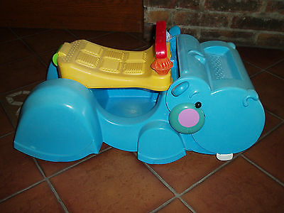 trotteur hippopotame fisher price